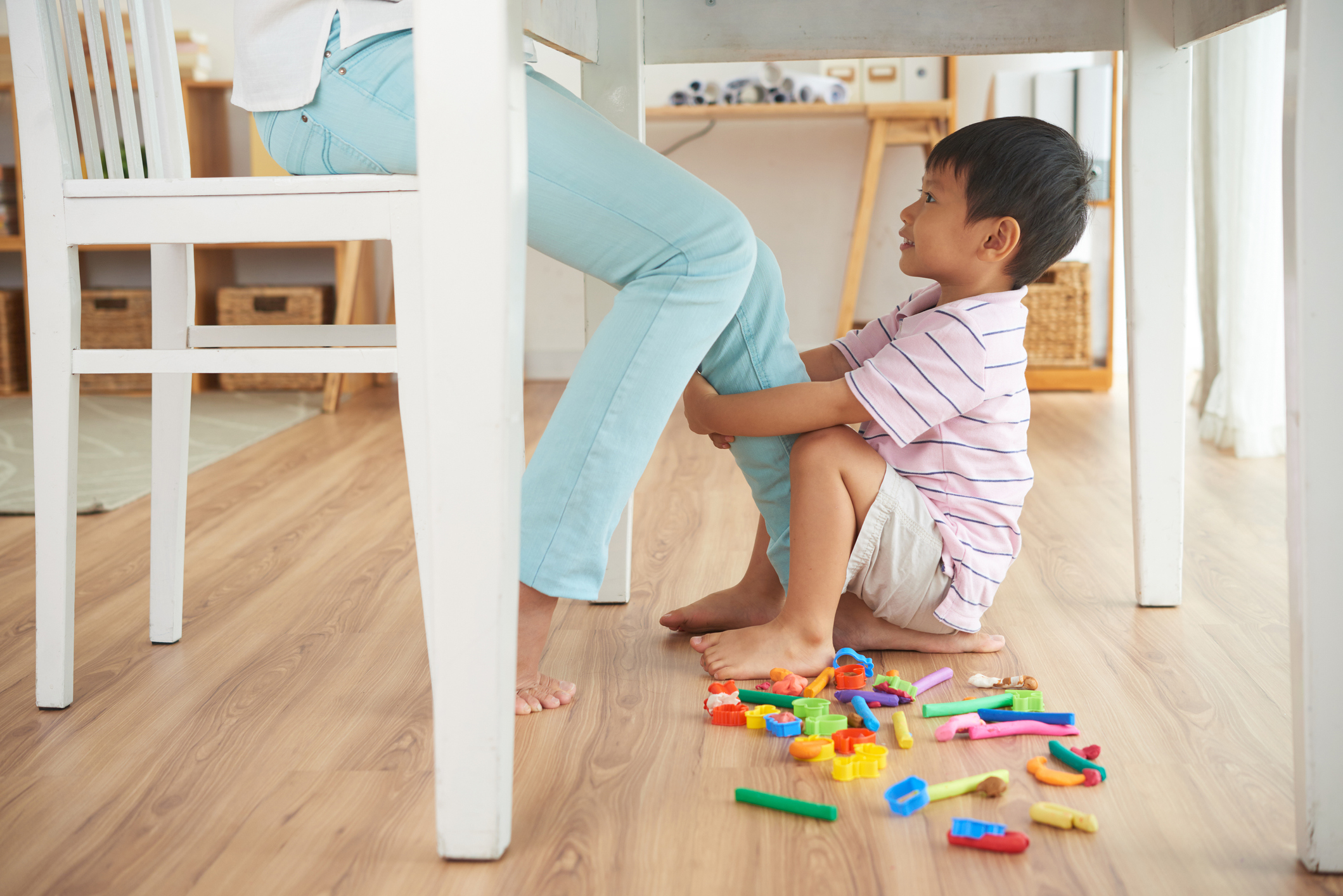 How to Balance Being Productive vs. Being Present | Parent Cue Blog